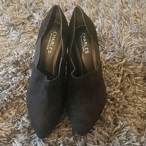 Womens black low heel wedge shoes